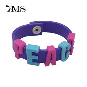 Hot sale DIY letter kids silicone wristband