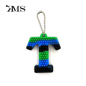 3D innovative customizable silicone high quality key chain