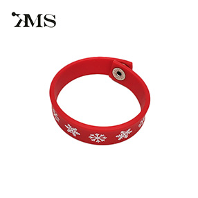 Wholesale cheap cool silicone wristband